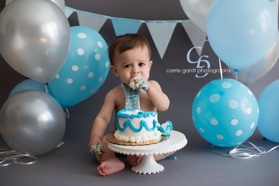 1st Birthday Cake Smash  Raphael 1 Year Atlanta Baby graphy