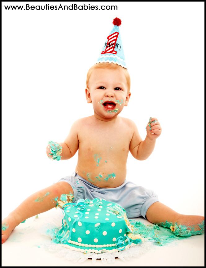 1st Birthday Cake Smash  1 year old birthday cake smash beauties – Beauties