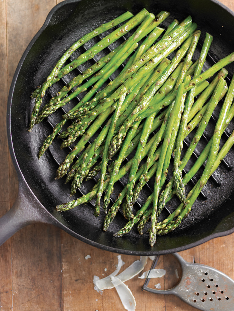 Asparagus Side Dishes  5 Ingre nt Side Dish Grilled Asparagus with Rosemary