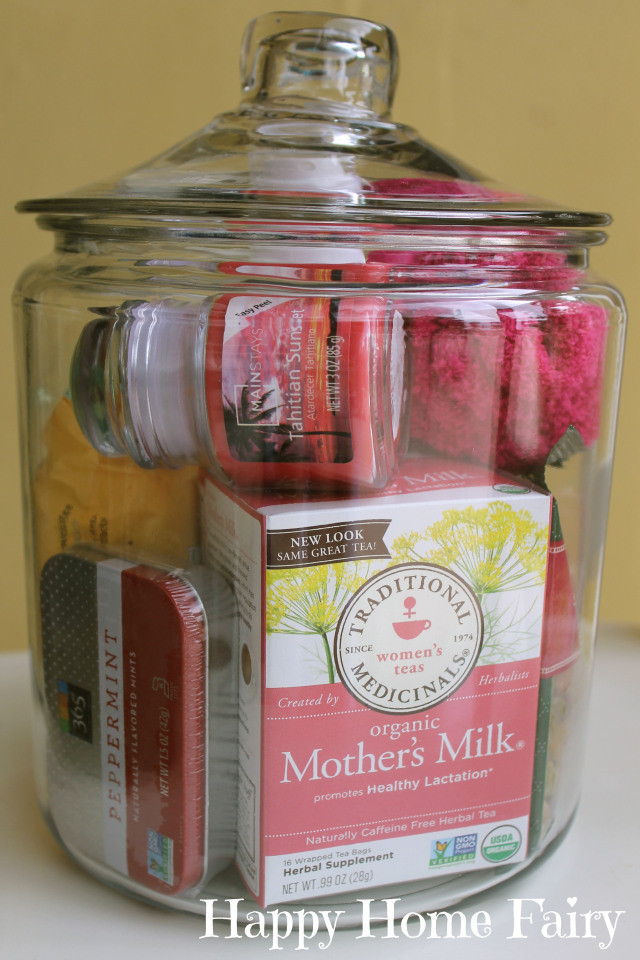 Baby Shower Gift Ideas For Mom And Dad  25 Fantastic DIY Baby Shower Gift Ideas