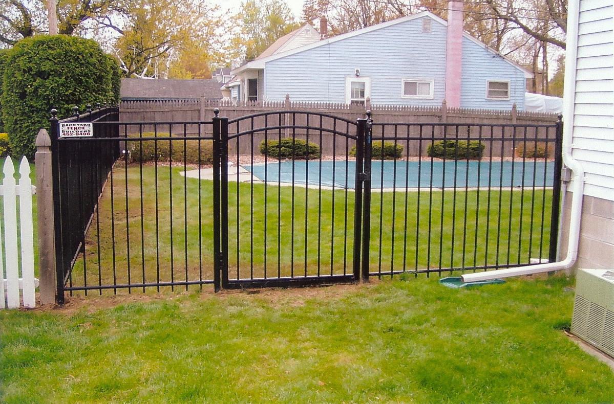 Backyard Fence Door  Ornamental Aluminum Fence Backyard Fence pany