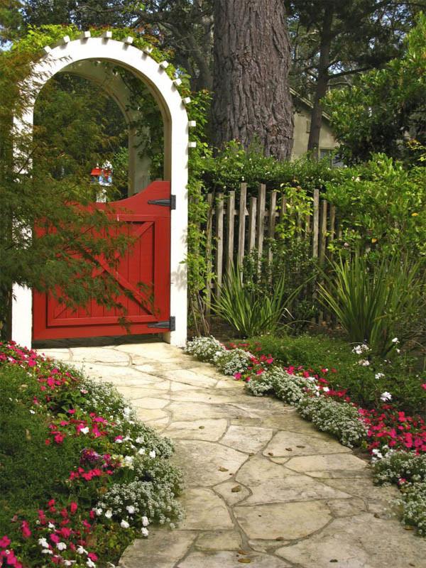 Backyard Fence Door  15 Creative Garden Gates That Make A Great Entrances The