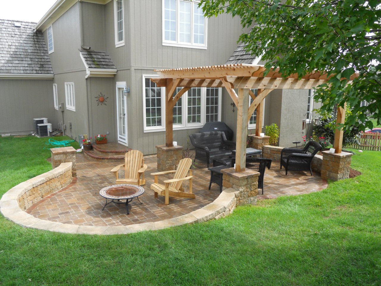 Backyard Patio Paver Design Ideas  Flagstone Patio Pavers Design Ideas For Backyard Patio