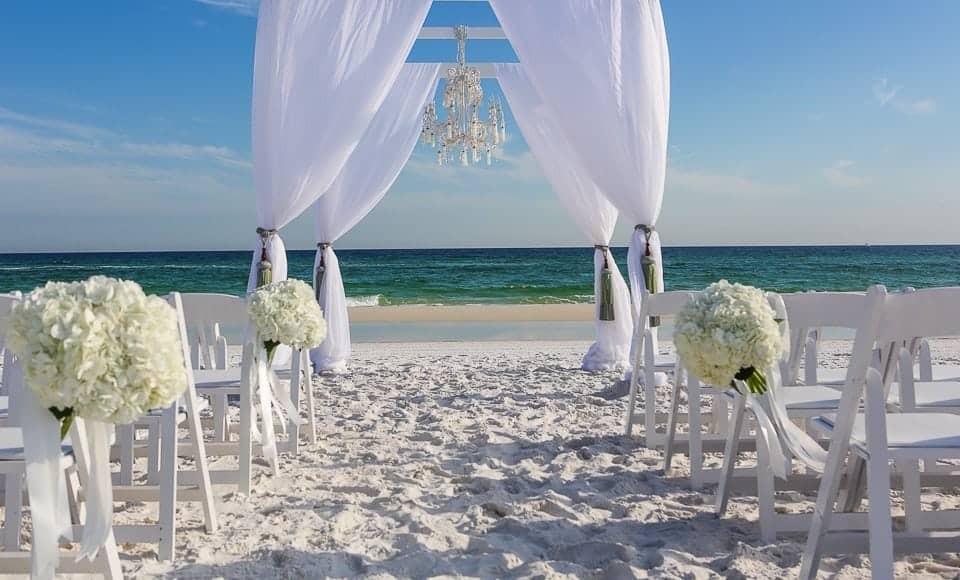 Beach Weddings Florida  4 Reasons to Get Married at Our Destin FL Beach Wedding Venues