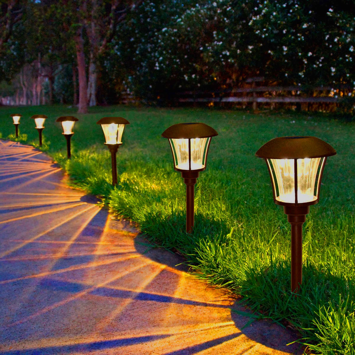 Best Solar Landscape Lights  Best Solar Garden Lights – Review And Buying Guide – Our