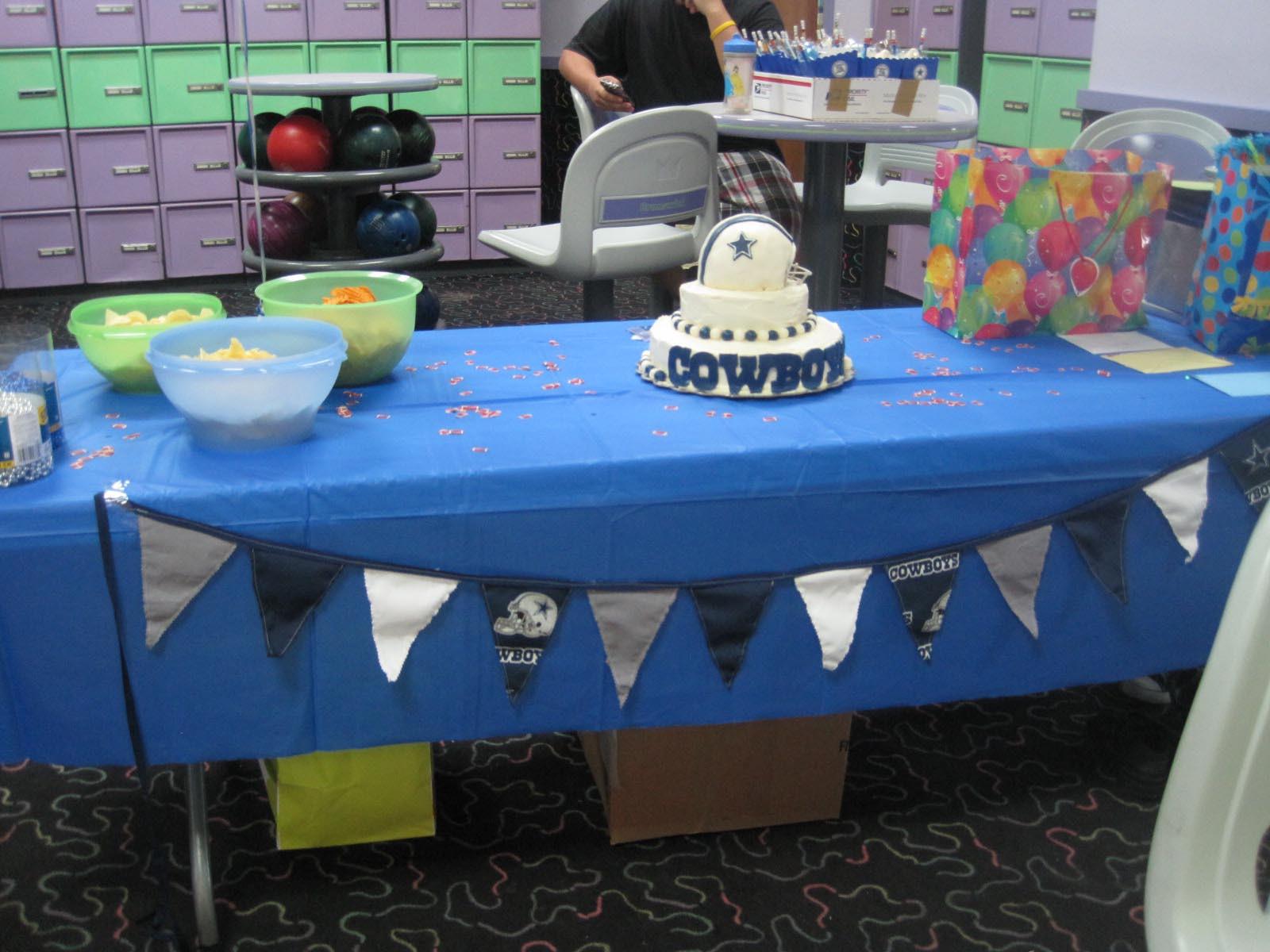 Birthday Party Ideas Dallas  Dallas Cowboys Birthday Party