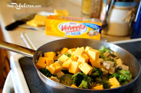 Broccoli And Velveeta Cheese  easy broccoli cheese casserole velveeta