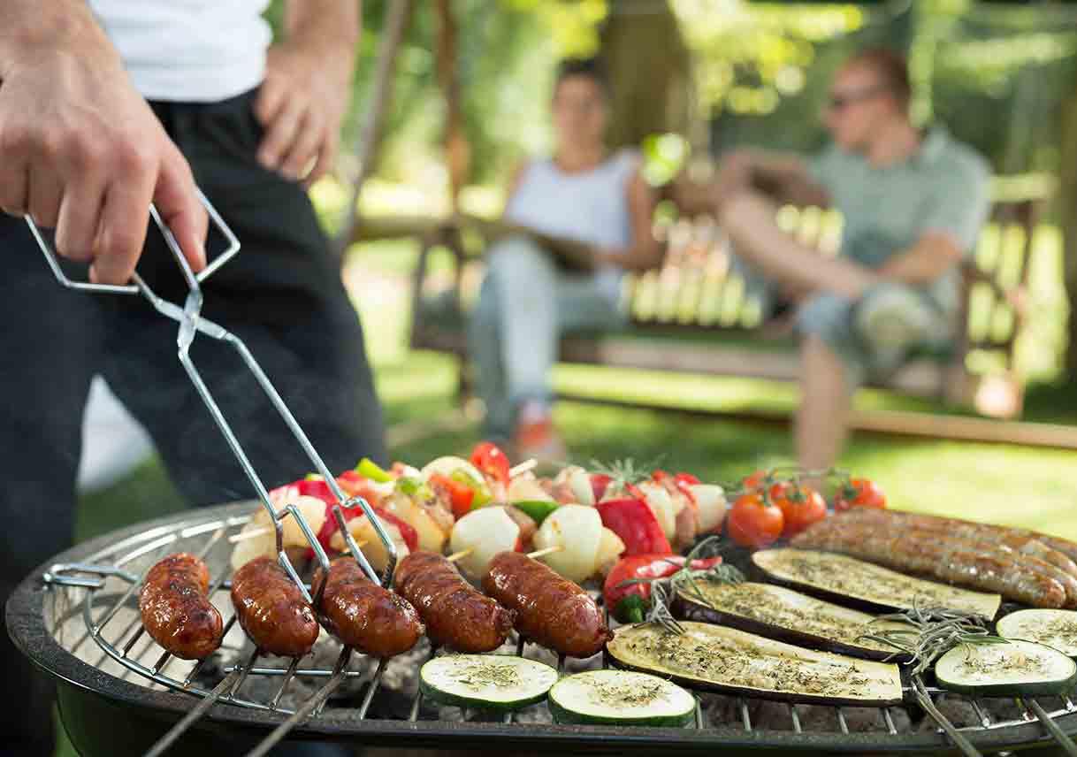 Bubba'S Backyard Bbq  Make Your Backyard BBQ Bash Sizzle