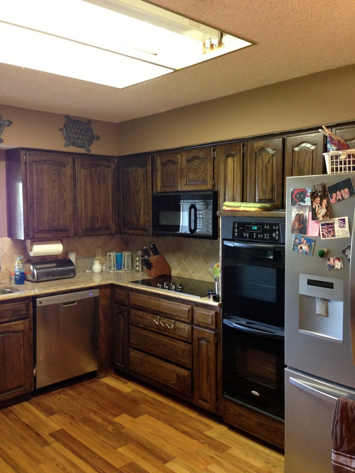 Chalk Paint Kitchen Cabinets Before And After  Wilker Do s Using Chalk Paint to Refinish Kitchen Cabinets