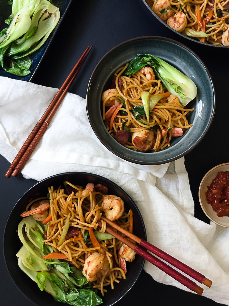 Chow Mein Stir Fry Noodles  Chilli Prawn Chow Mein Stir Fried Noodles