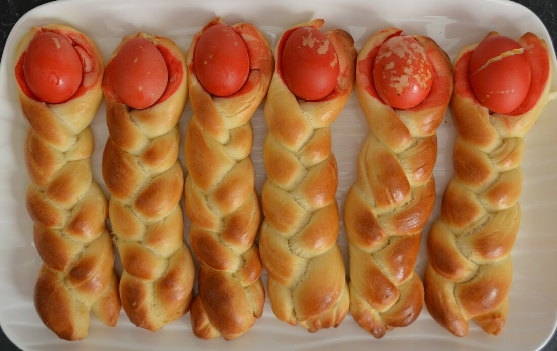 Croatian Easter Bread  Croatian Easter Bread Dolls What s Cooking Ella