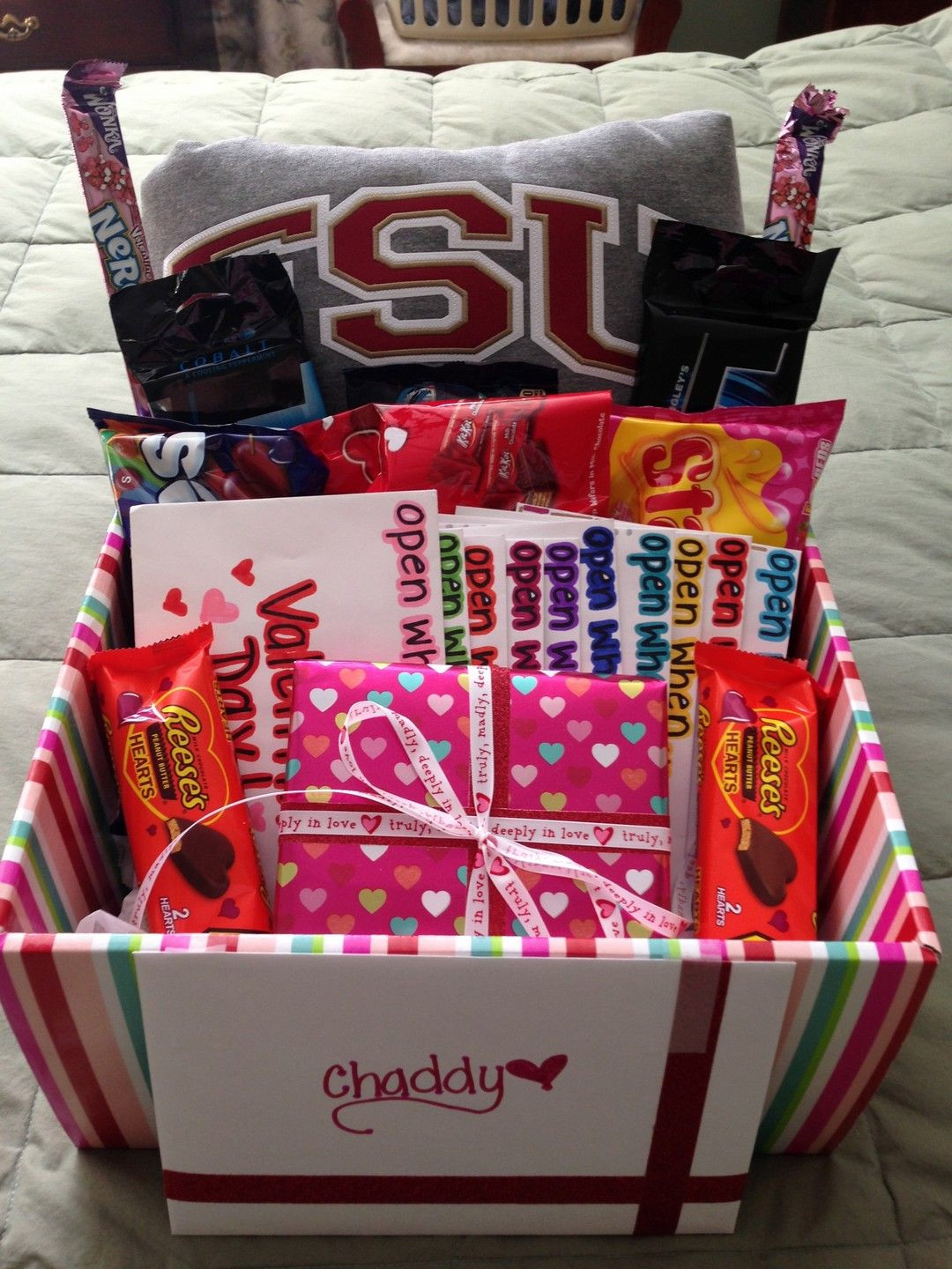 Cute Valentine Gift Ideas For Him  DIY Romantic Valentines Day Gifts For Him