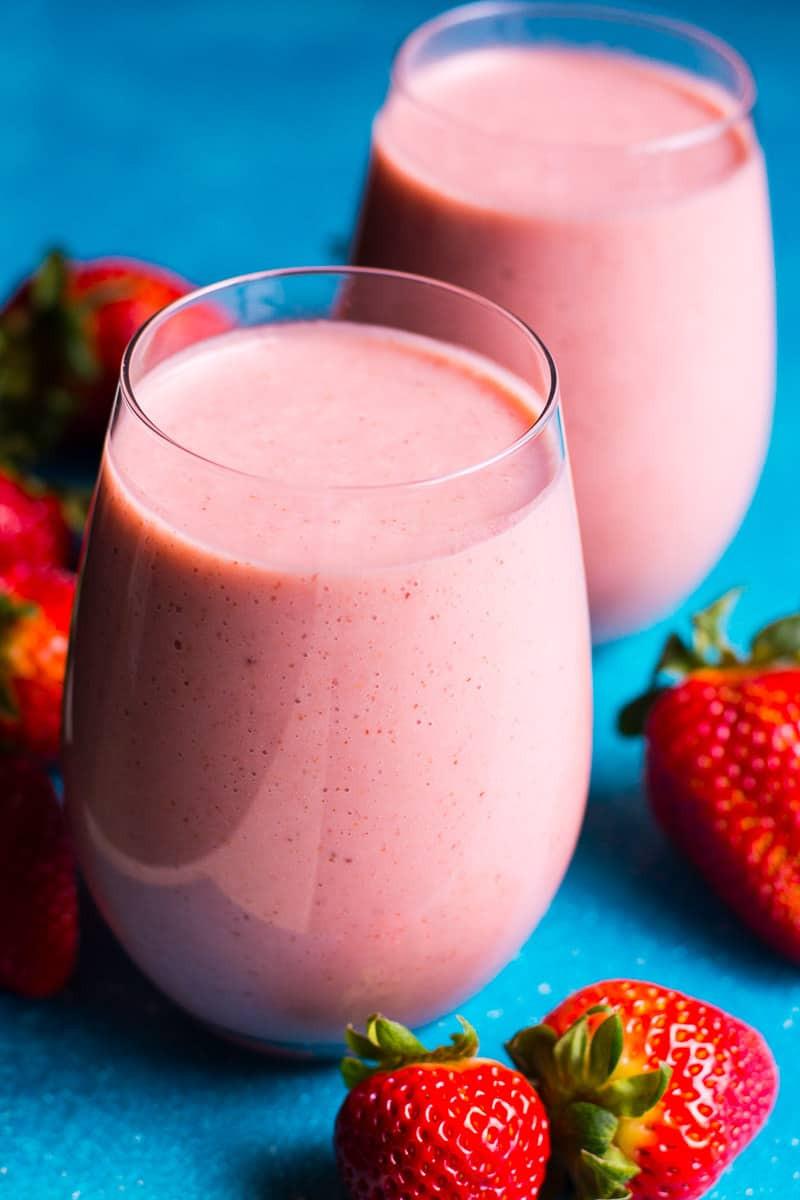 Delicious Smoothie Recipes  4 Ingre nt Strawberry Smoothie Recipe Video