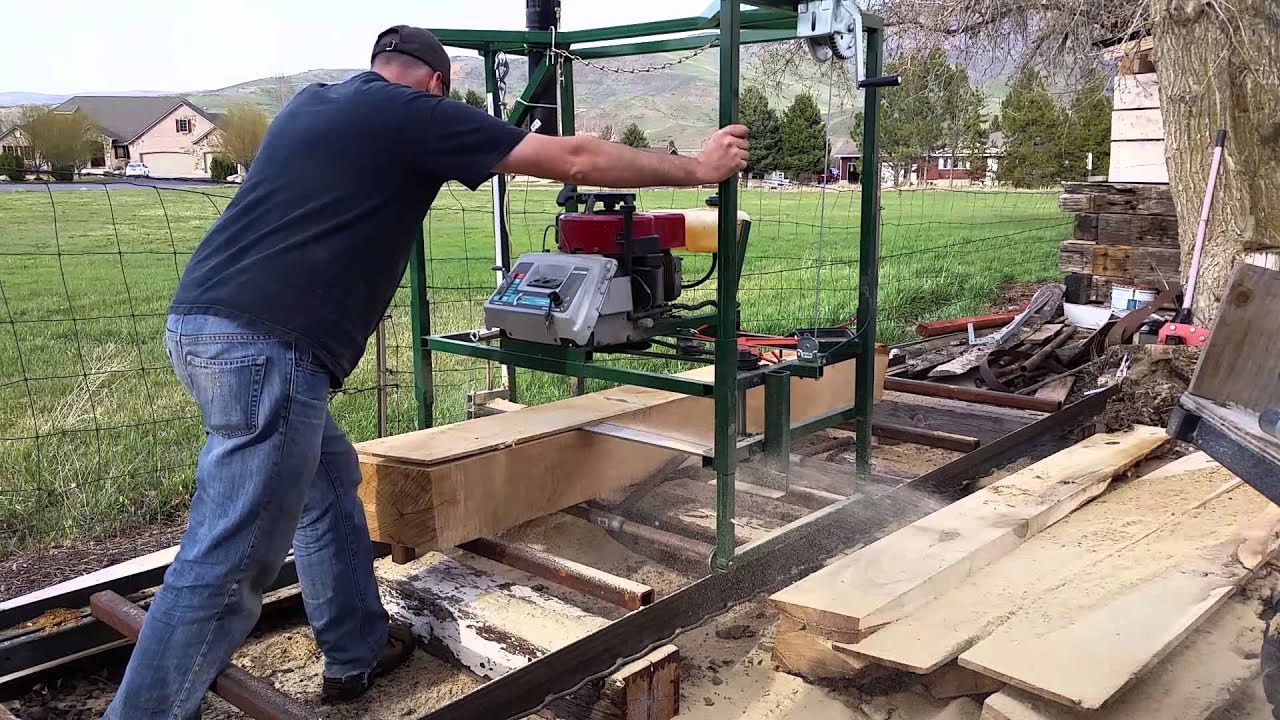 DIY Chainsaw Mill Plans  homemade chainsaw mill