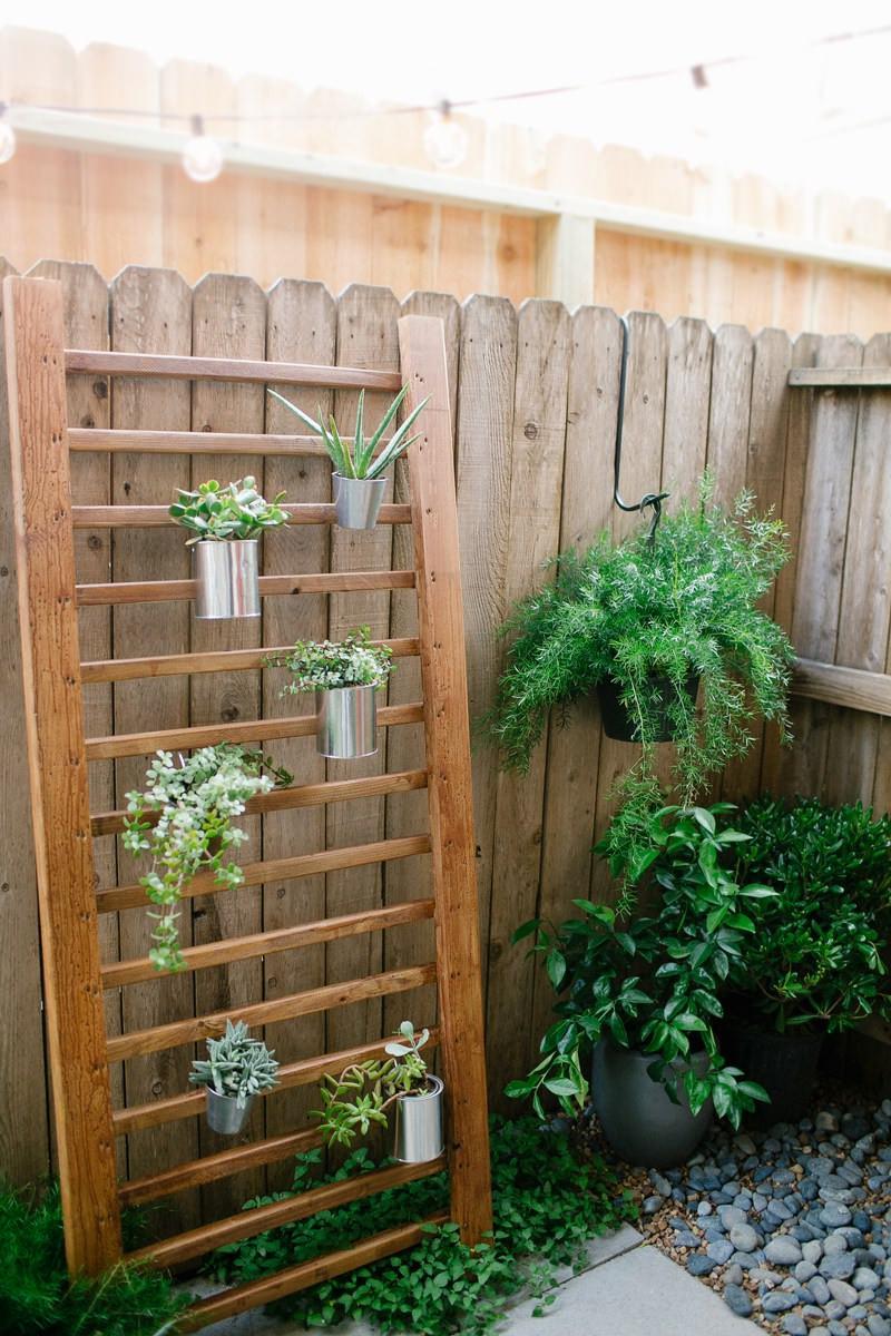 DIY Outdoor Art  18 Gorgeous DIY Outdoor Decor Ideas For Patios Porches