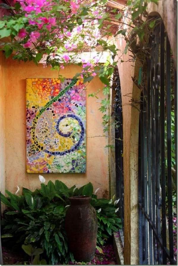 DIY Outdoor Art  18 Brilliant DIY Mosaic Ideas For Garden