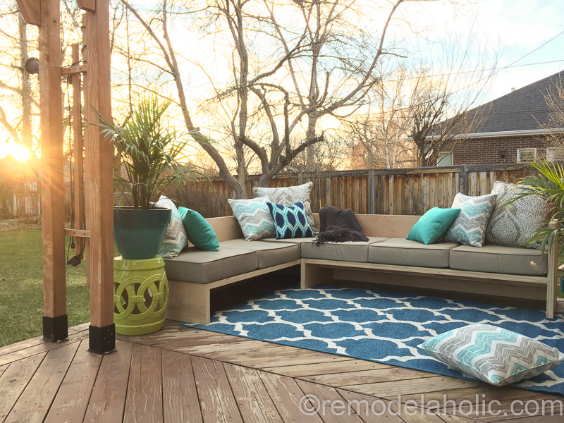 DIY Outdoor Sectional Plans  DIY Outdoor Sectional Sofa Tutorial Building Plan