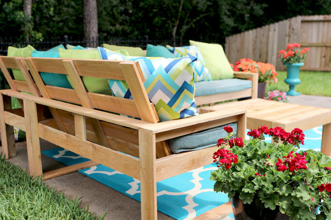 DIY Outdoor Sectional Plans  DIY Outdoor Sectional for Under $100