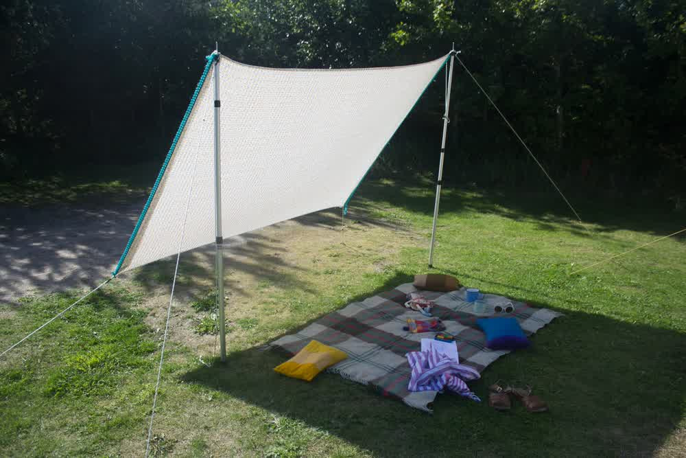 DIY Outdoor Shade  DIY Shade Sail Simple Practical and Re mended
