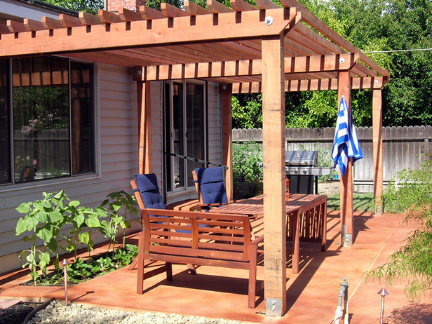 DIY Outdoor Shade  How to Build a Redwood Shade Structure how tos