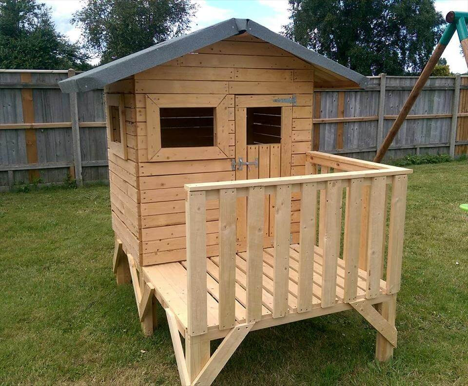 DIY Wood Playhouse  DIY Small Pallet Playhouse For Kids Easy Pallet Ideas