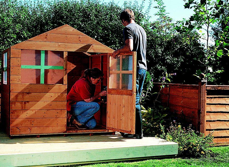 DIY Wood Playhouse  How to build a wooden playhouse Ideas & Advice