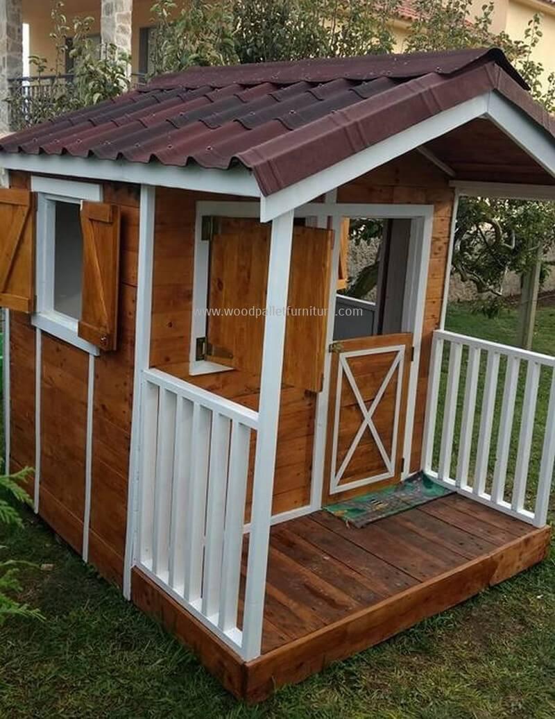 DIY Wood Playhouse  Creative Ideas for Wood Pallet Playhouses