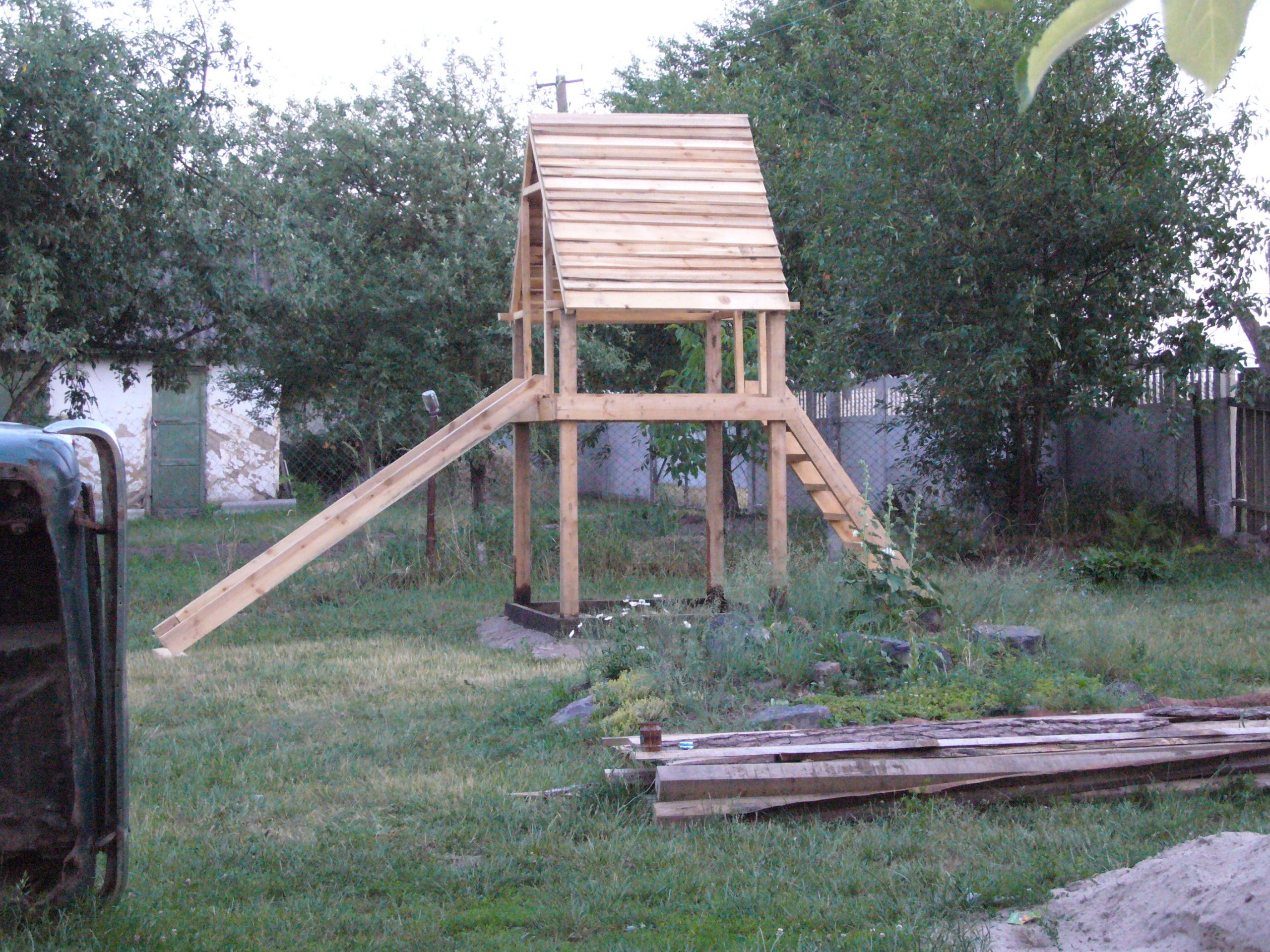 DIY Wood Playhouse  DIY project playhouse with slide