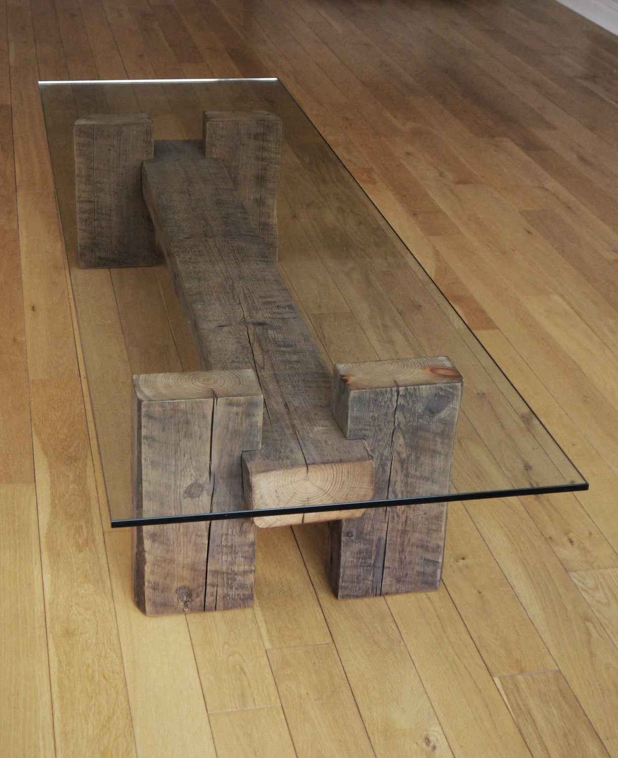 DIY Wood Projects  18 Slick Handmade Reclaimed Wood DIY Projects That You ll