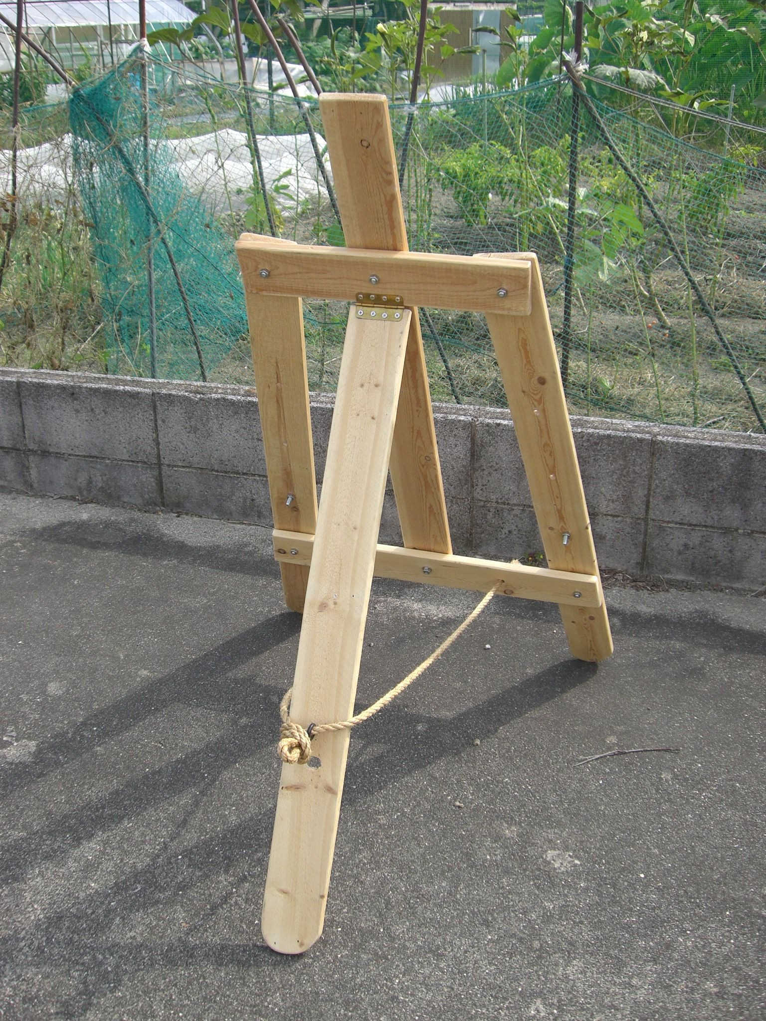 Diy Wooden Easel Luxury Wood Pallet Easel 02