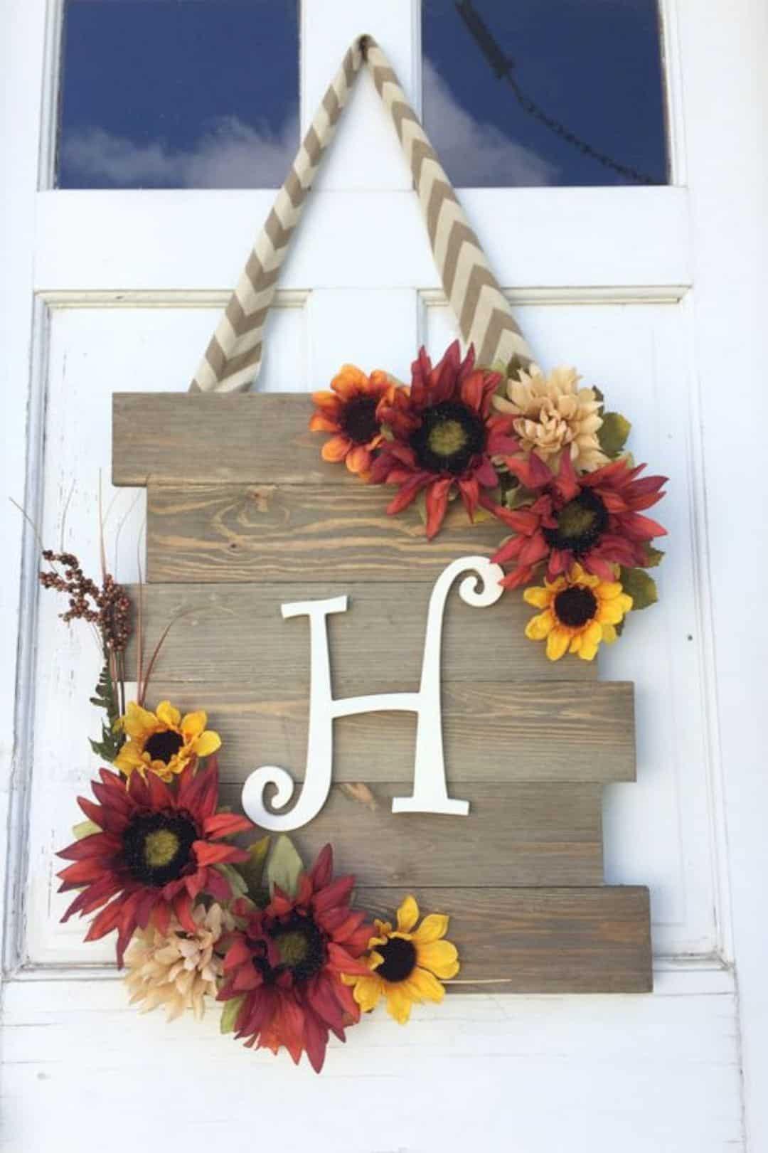 Fall Decorating Ideas DIY  17 Coolest DIY Fall Decoration Ideas