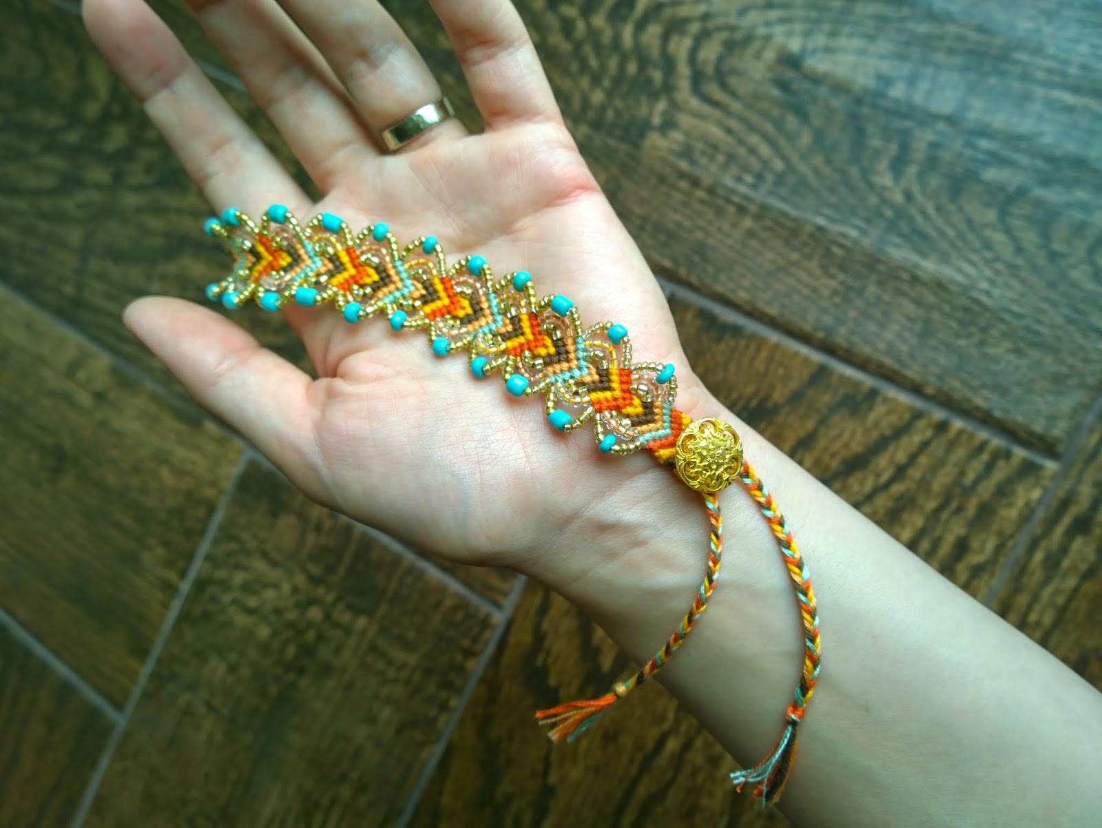 Friendship Bracelets With Beads  Wonderful DIY Pretty Leaf Friendship Bracelets