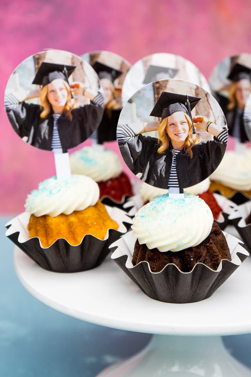 Graduation Party Centerpiece Ideas  7 Picture Perfect Graduation Decorations to Celebrate in Style