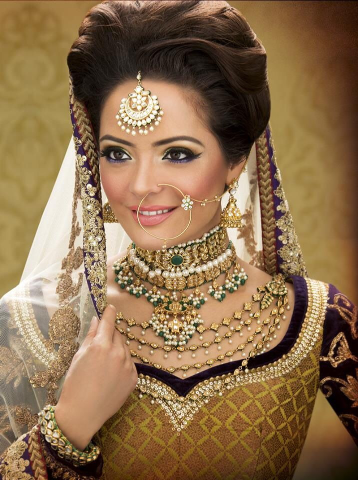 Hairstyles For Indian Brides  17 Romantic Indian bridal hairstyles for a summer glam