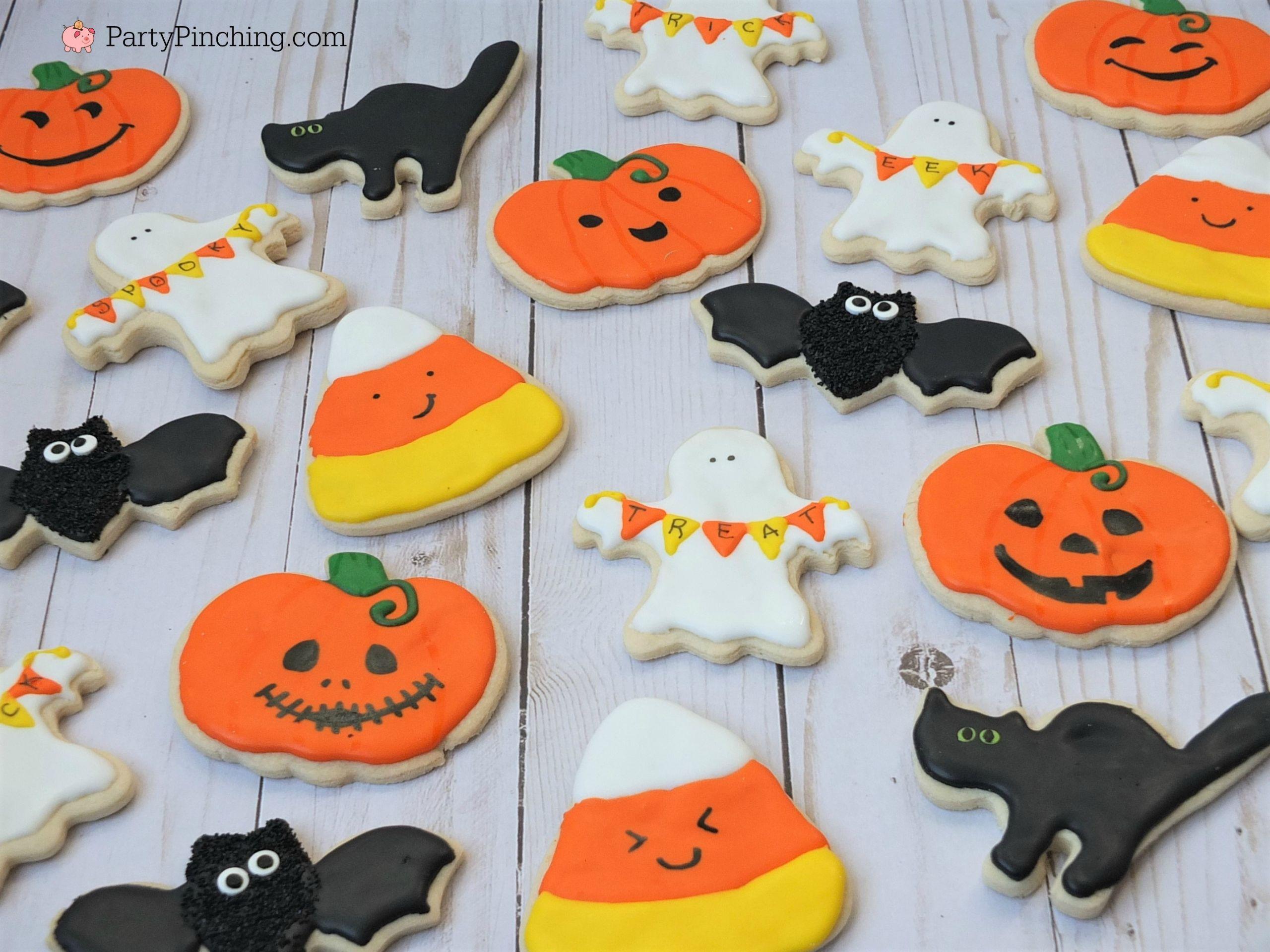 Halloween Cookies Pictures  Halloween sugar cookies decorated ghost banner cookies