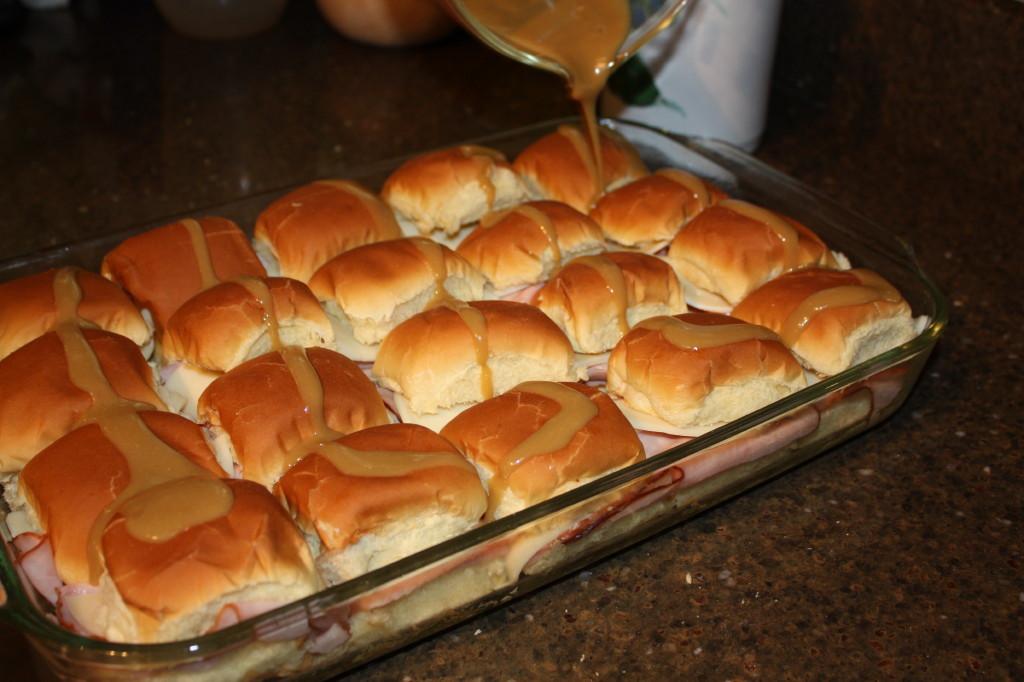 Hawaiian Bread Ham Sandwiches  ham sandwich on Hawaiian bread