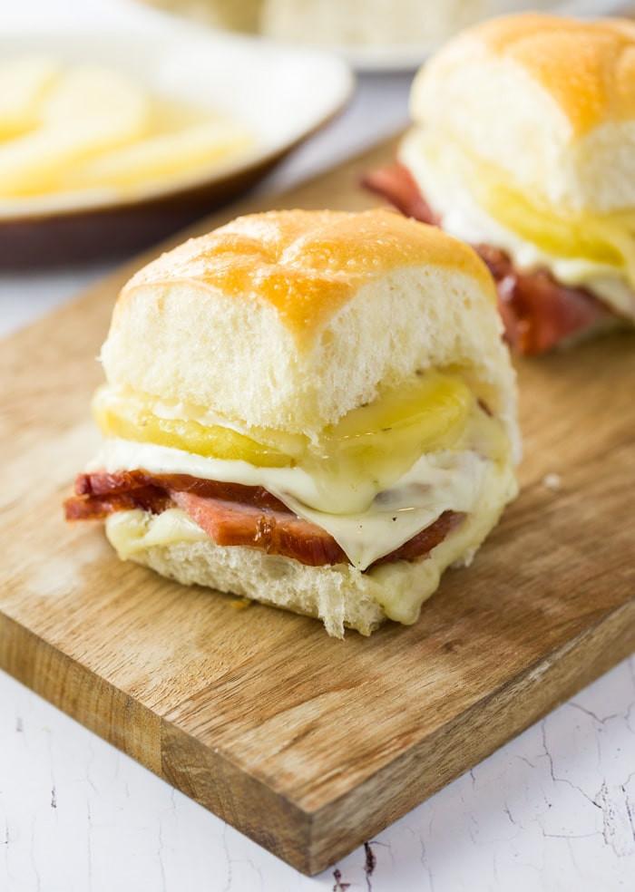 Hawaiian Bread Ham Sandwiches  10 Best Hawaiian Bread Sandwiches Recipes