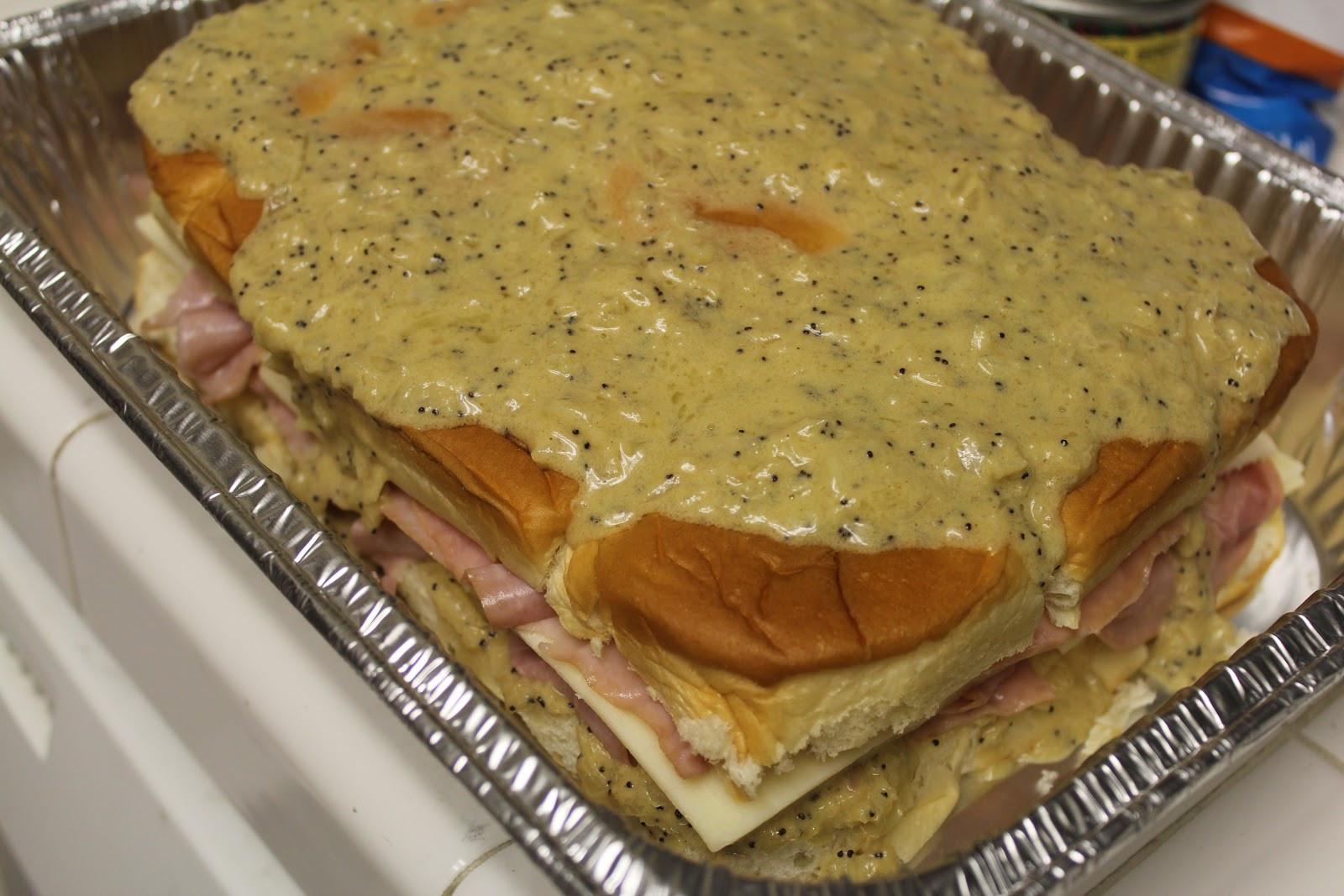 Hawaiian Bread Ham Sandwiches  The Foodista Chronicles Hawaiian Baked Ham and Swiss