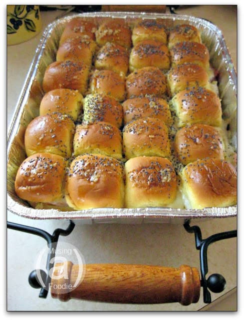 Hawaiian Bread Ham Sandwiches  Hot Ham and Cheese Sandwich Casserole Using King s