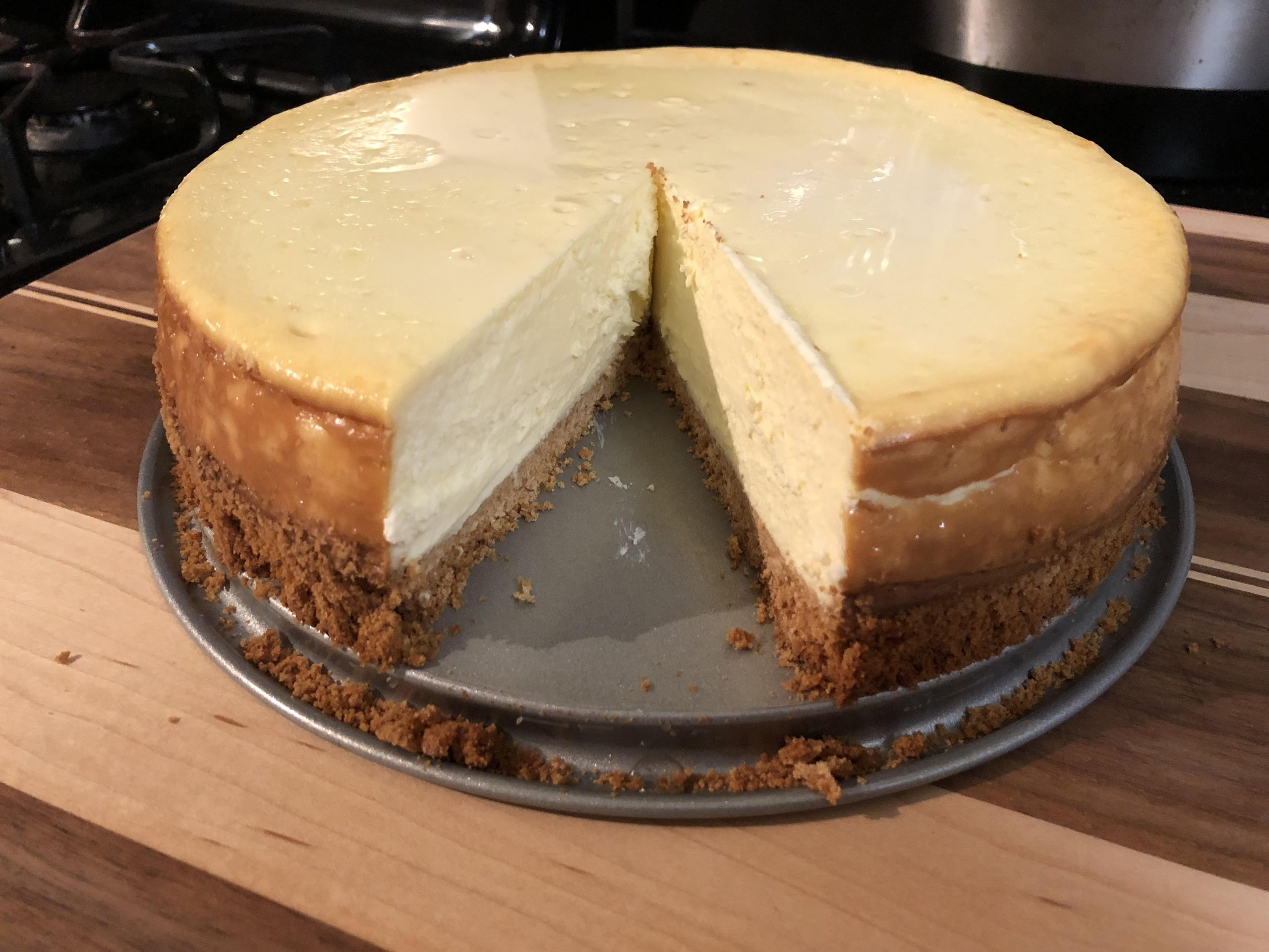 Home Made Cheese Cake  [Homemade] Cheesecake turned out great other than loose