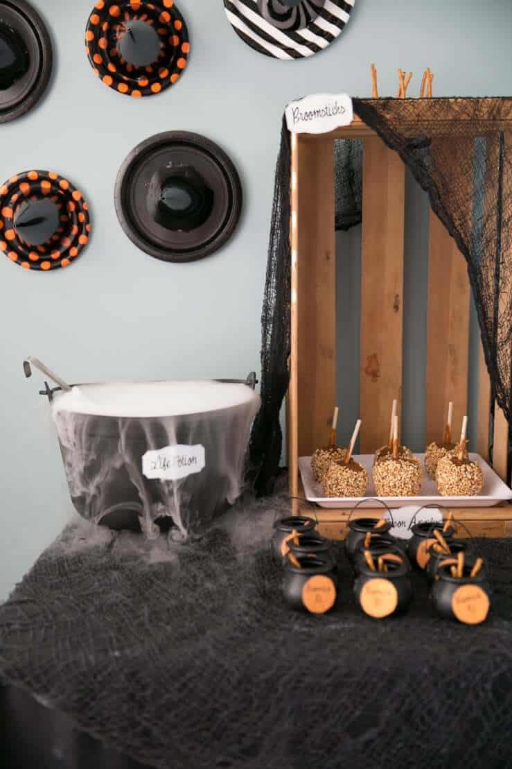 Ideas Halloween Party  How to Throw a Hocus Pocus Halloween Party So Festive