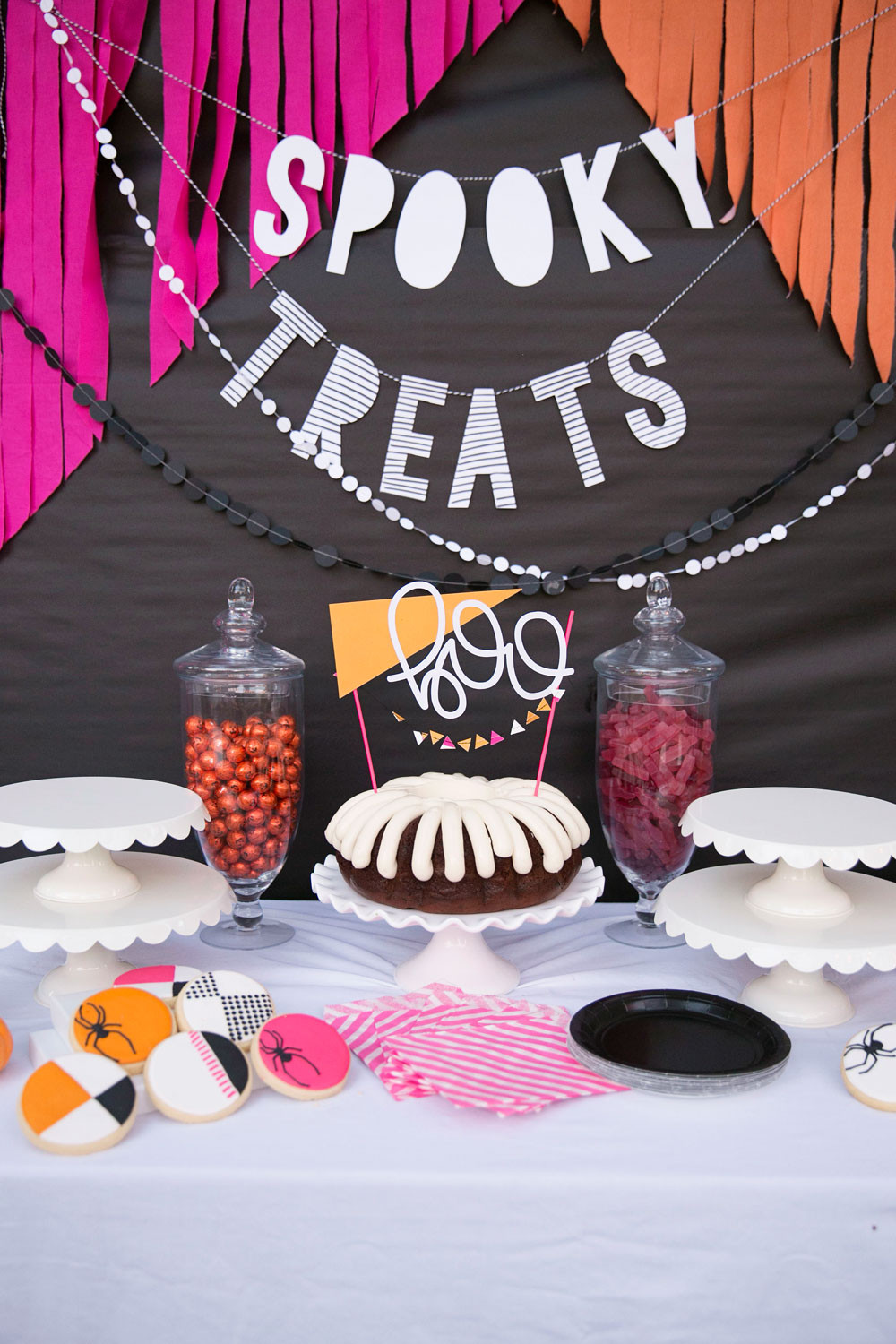 Ideas Halloween Party  BRIGHT AND COLORFUL HALLOWEEN PARTY IDEAS Tell Love and