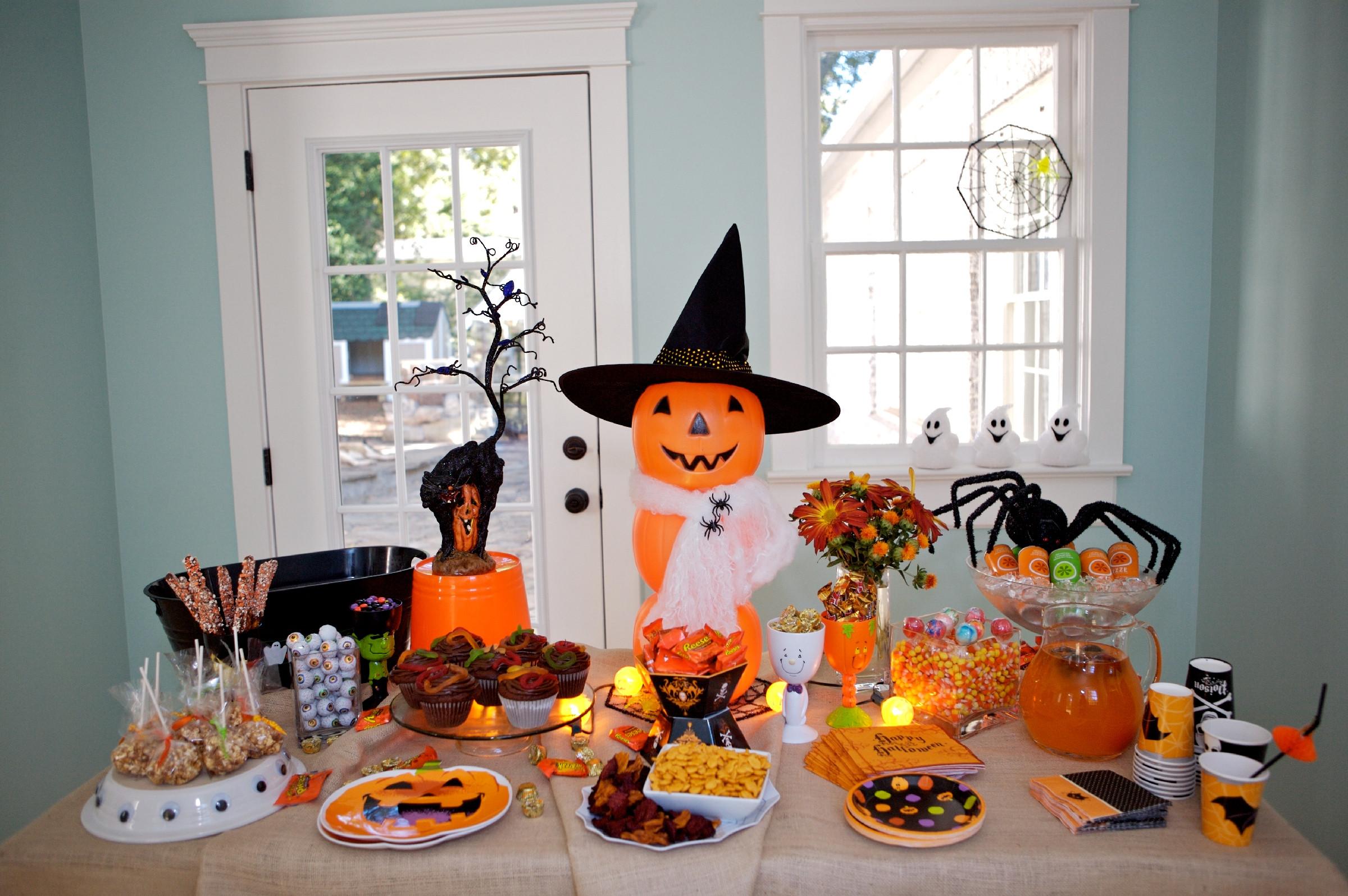 Ideas Halloween Party  Martie Knows Parties BLOG Host a Neighborhood