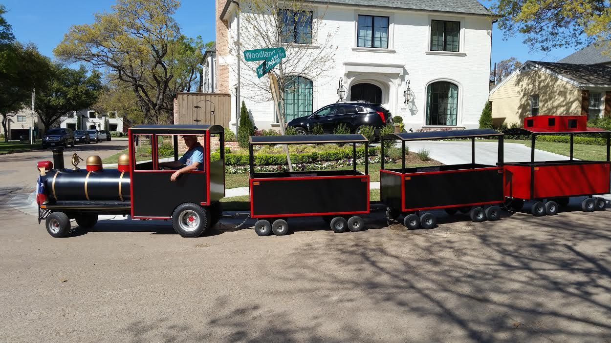 Kids Party Trains  Children s Party train rental Trackless train