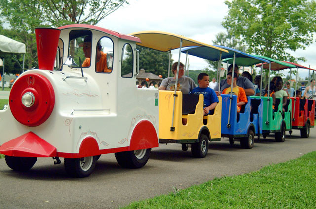 Kids Party Trains  Trackless Trains – Kids Event Entertainment 310 935 7373