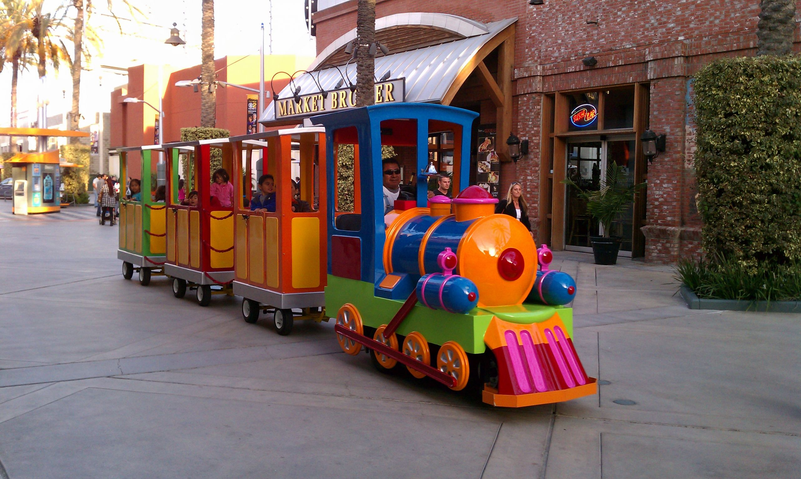 Kids Party Trains  Get National Zoo and Aquarium Month Events on Track with