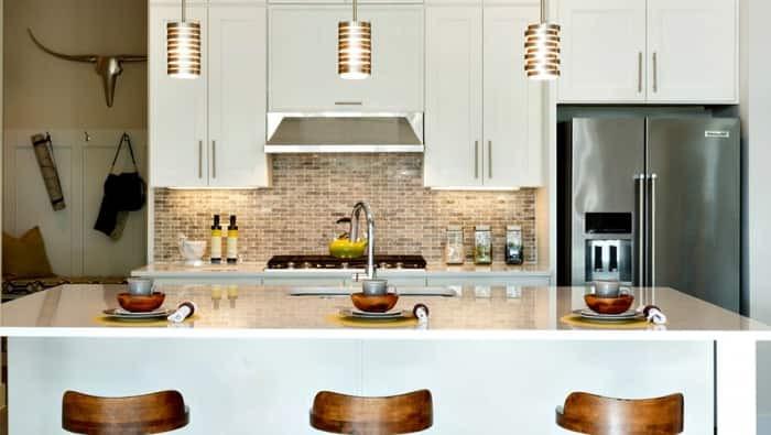 Kitchen Backsplash Outlets  5 Kitchen Backsplash Trends