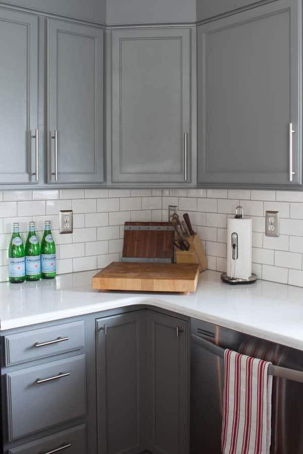 Kitchen Backsplash Outlets  Tips on How to Install Subway Tile Kitchen Backsplash