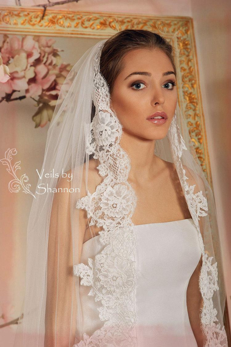 Lace Trim Wedding Veil  Wedding Veil Lace Bridal Veil Cathedral Veil Style V3A