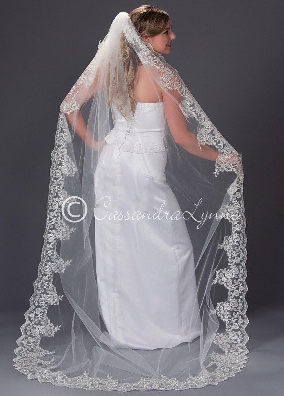 Lace Trim Wedding Veil  Wedding Veil with Wide Lace Trim Chapel Length